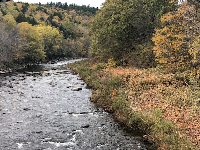 The Swift River flowing through Cummington Massachusetts.Hidden-Hills.com